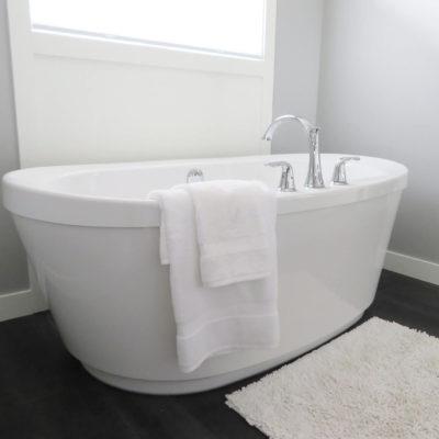 Dobór akcesoriów łazienkowych – czego nie robić?